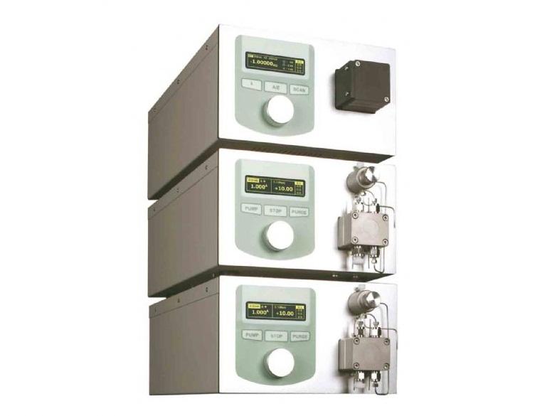 LC2200二元高压梯度液相色谱系统